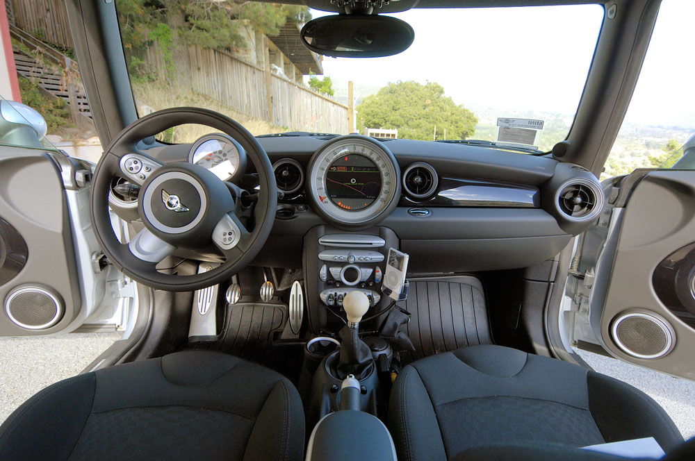 2007 Mini Cooper S Interior. Bombadil: 2007 MINI Cooper S,